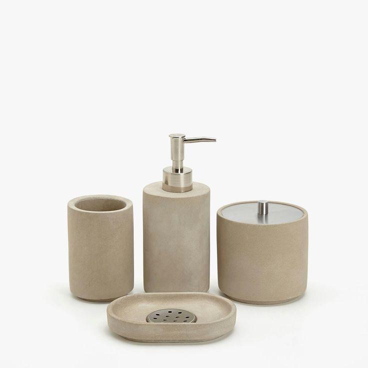 Les 25 meilleures id es de la cat gorie accessoires de salle de bains ensembles sur pinterest for Accessoires salle de bain zara home
