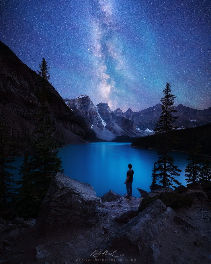 Star gazing at Moraine Lake by Rick Parchen on 500px