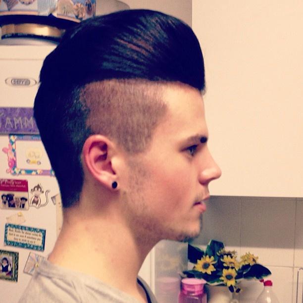 14 best haircuts for men images on pinterest curly hairstyles haircut malehairstyle hairstyle model hairmodel pomp pompadour undercut shavedsides stud piercing swag fresh nashville igdaily instamood urmus Choice Image
