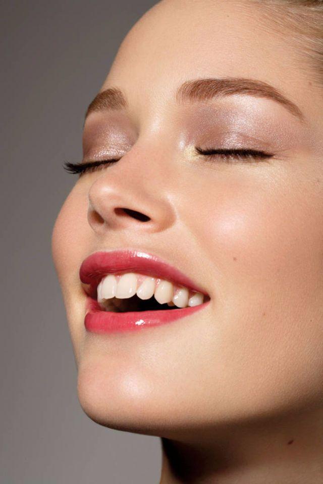 Is Charcoal Toothpaste Safe to Use?  - HarpersBAZAAR.com
