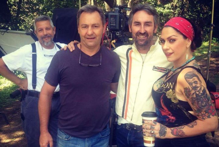 """""""American Pickers"""": First Look at Mike Wolfe on Set"""