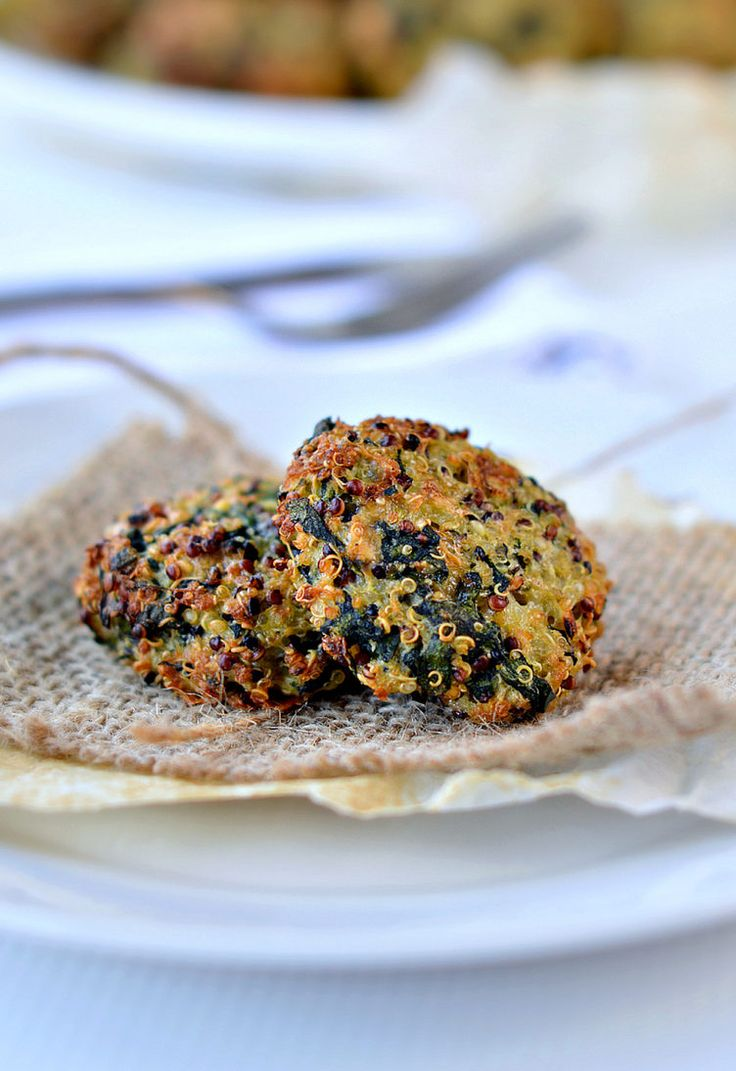 19. Spinach Quinoa Vegetarian Patty #healthy #dinner #recipes http://greatist.com/eat/healthy-weeknight-recipes