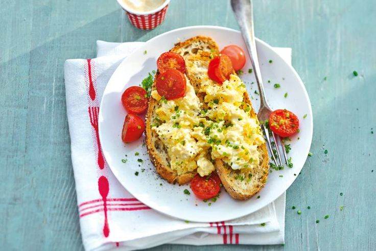 Geen betere start van je dag dan met deze Britse klassieker mét kaas - Recept - Allerhande