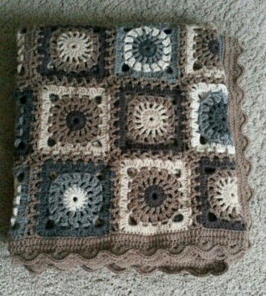Crochet afghan with drops design Lima wool. Crochet hook size 4.
