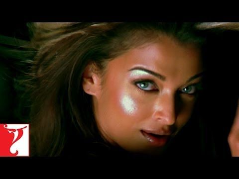 Crazy Kiya Re - Song - Dhoom 2 - Aishwarya Rai
