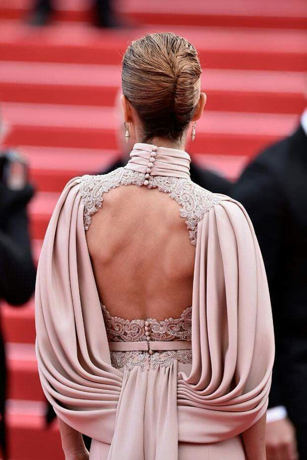 Back view of neud dress