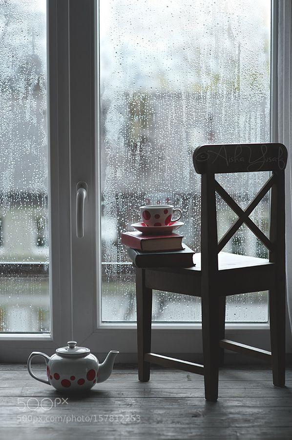 Books Tea and Rainy Days by AishaY