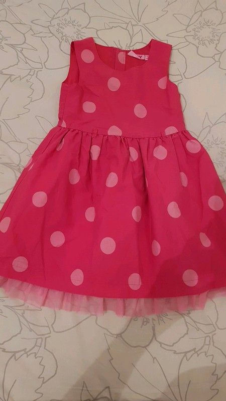 8d21a53981564 Robe rose fushia à pois rose clair Tulle en bas de la robe