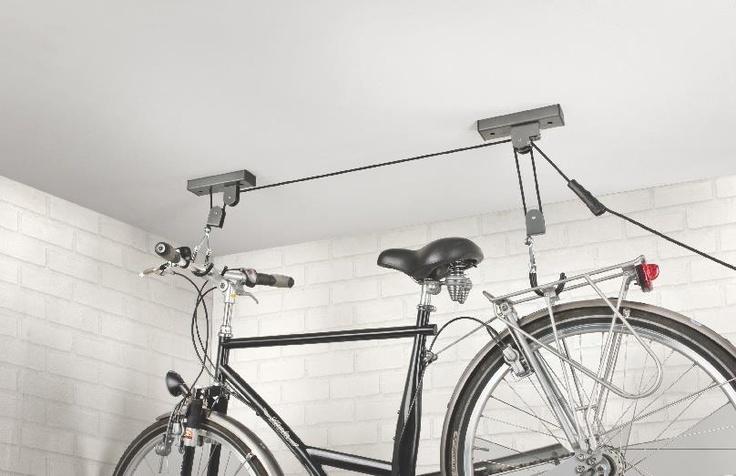 Duża wygoda, duża oszczędność miejsca. Wieszak na rower by Lidl.