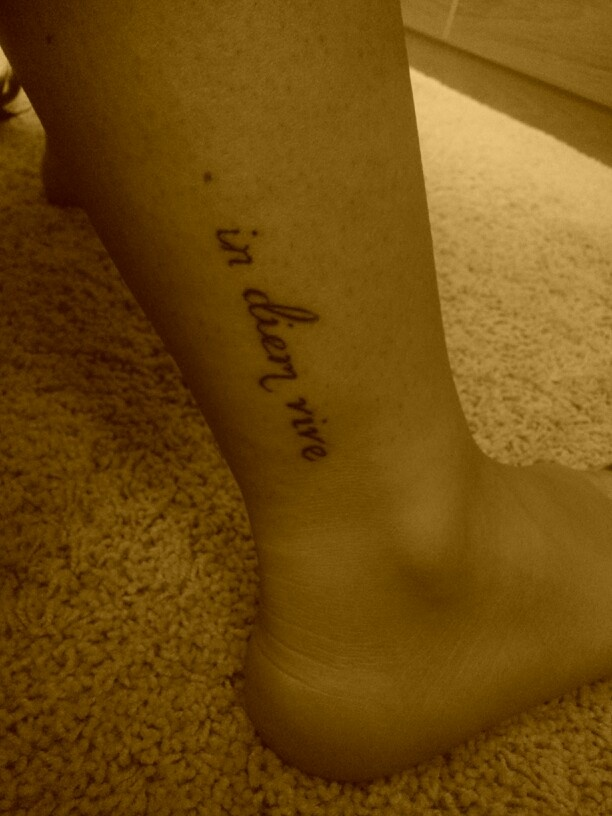 My Tattoo It Means Quot Live One Day At A Time Quot In Latin Tattoo Inspiration Pinterest One Day