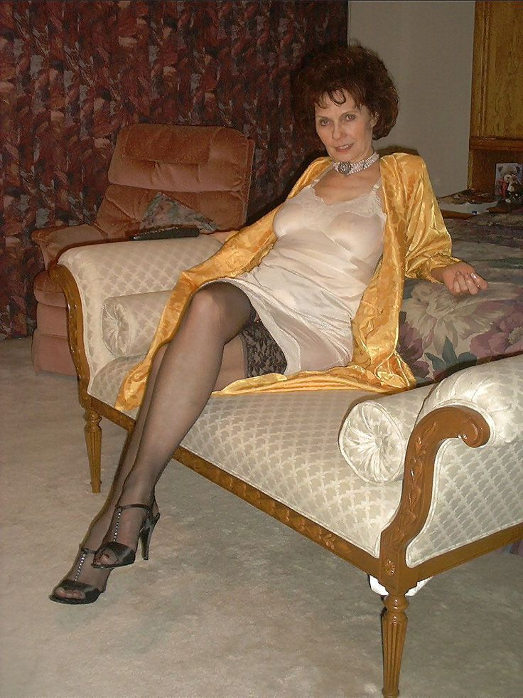 Auntie Loved To Let Me See Her Stocking Tops  Sissy -6070