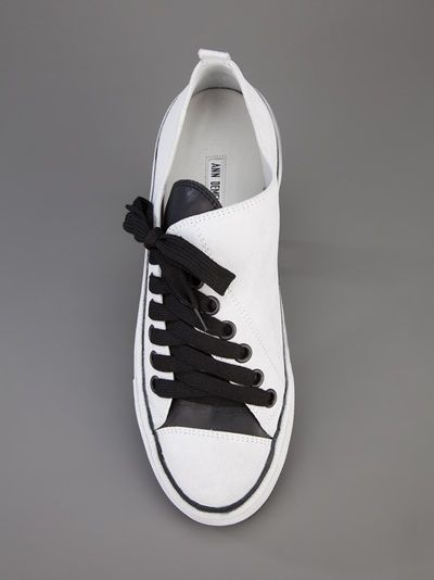 What are your thoughts on this asymmetric sneaker? Fun or funky? ANN DEMEULEMEESTER BLANCHE - asymmetric sneaker