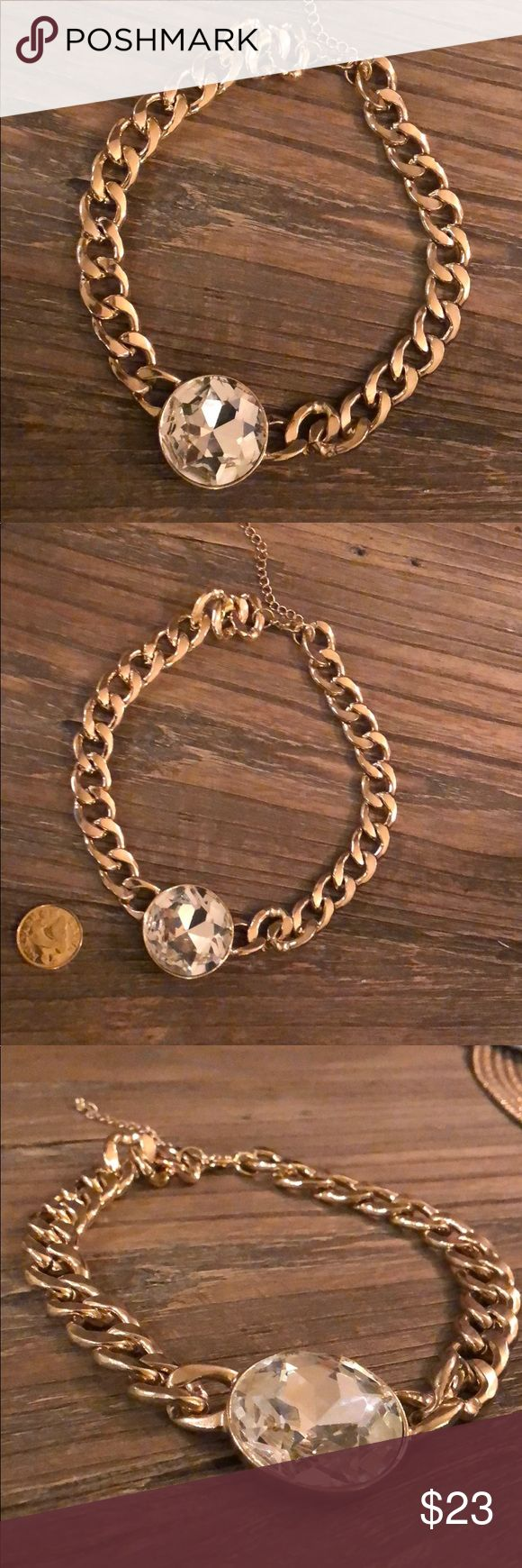 Statement necklace Gorgeous necklace! Thick gold chain and big crystal in the middle to make any outfit pop. Nordstrom Jewelry Necklaces