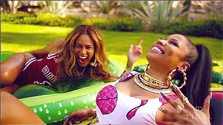 "10 Ways Beyonce And Nicki Minaj Perfectly Describe You And Your BFF In ""Feeling Myself"""