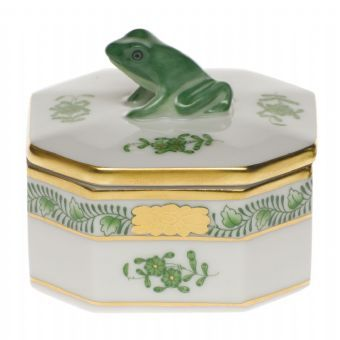 Herend Small Octagonal Box http://www.continentaltablesettings.com/