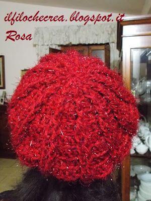 IL FILO CHE CREA: Basco e sciarpa all'uncinetto con fiore tridimensionale