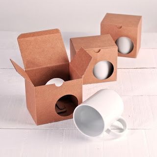 Our box for mugs is already here!!!  Nuestra caja para tazas ya está aquí!