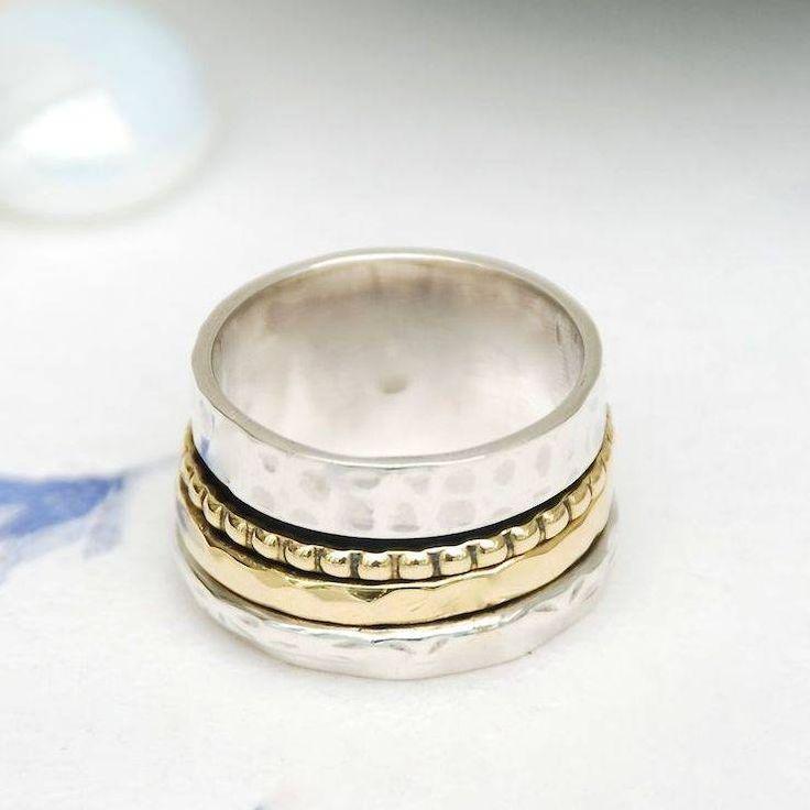 Jada Spinning Ring