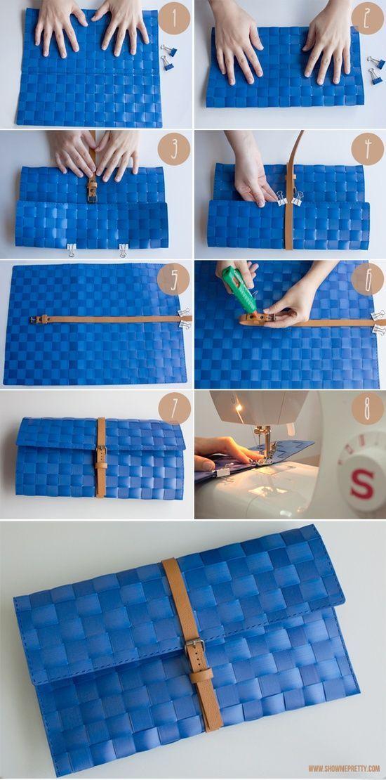 How to make a clutch out of a place mat. Como hacer un cluth de un mantel de mesa.