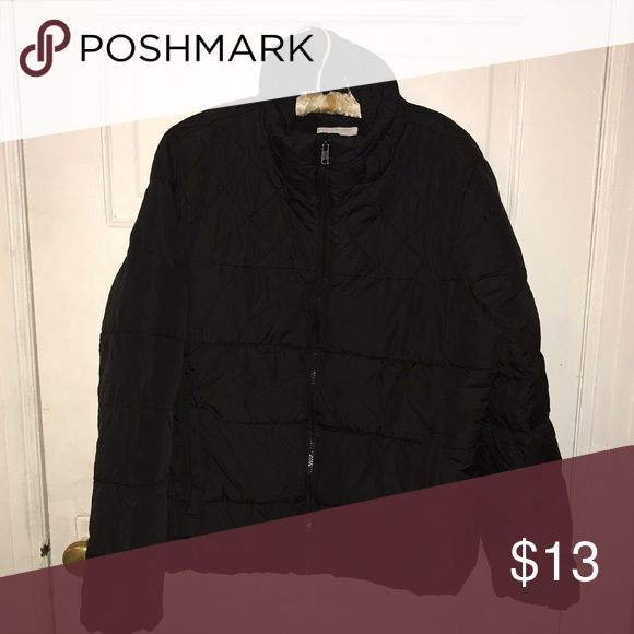 Old Navy women's puffer coat Worn twice! Old navy women's puffer coat. Excellent condition. No rips. Old Navy Jackets & Coats Puffers