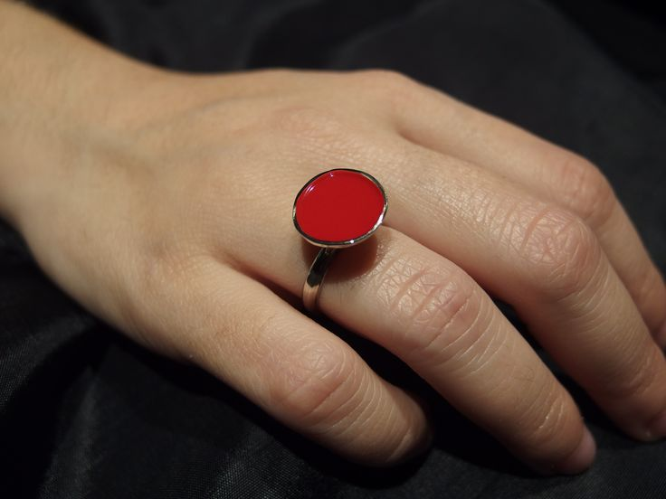 enameled ring