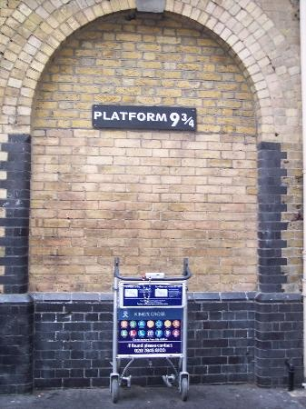Platform 9 3/4 Kings Cross Station London, England