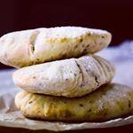 http://thermomixbakingblogger.com/thermomix-pita-bread/