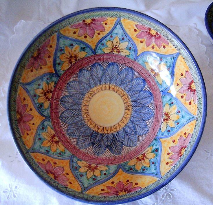 Ciotola/ Insalatiera / Spaghettiera in ceramica.Dipinta a mano.Decoro Geo/Floris.27cm, by ilciliegio, 20,00  su misshobby.com