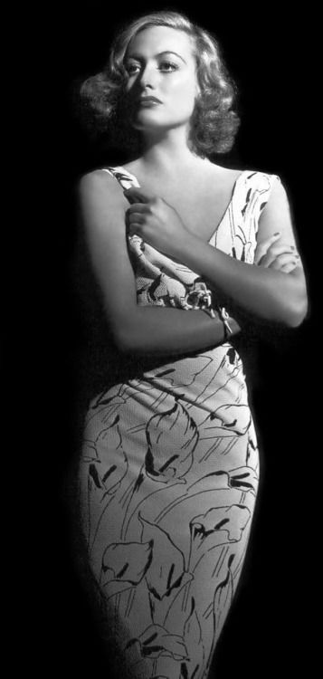 Joan Crawford born in San Antonio, TX.