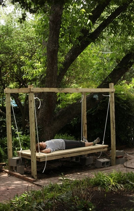 Best 20 outdoor swing beds ideas on pinterest pergola Relaxed backyard deck ideas