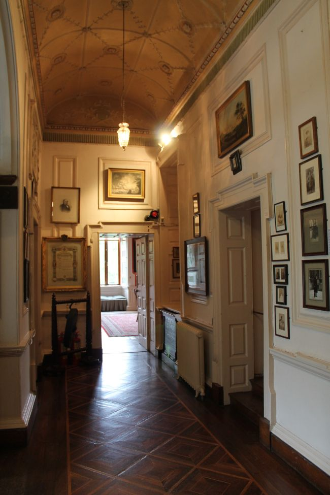 1000 Images About Hallway Ideas On Pinterest Oscar De La Renta