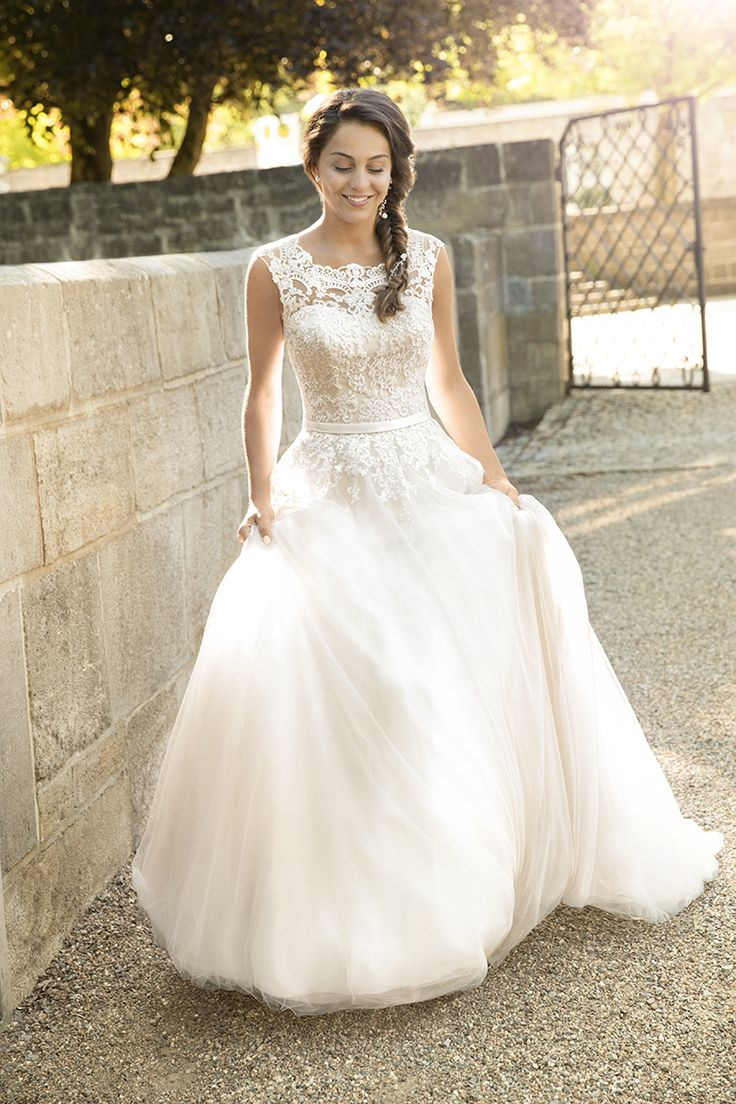 50 best hochzeit images on Pinterest | Bridal gowns, Ivory and ...