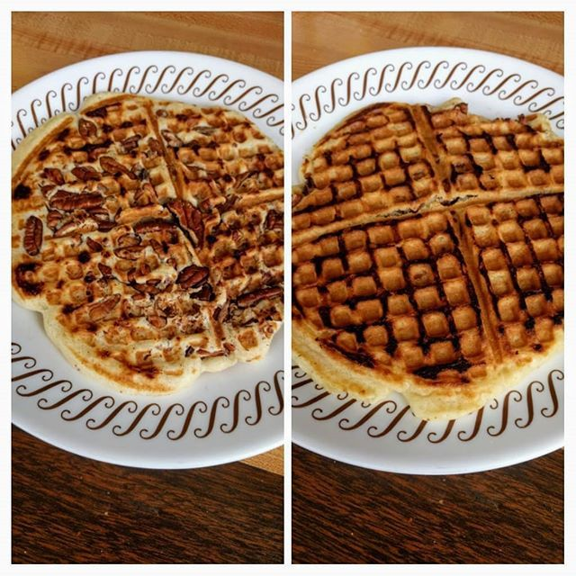 At A Wafflehouseofficial Wafflehouse In Hapeville Georgia Disappointed In The 2nd Waffle Remake As Well Having To Have My Half Do Waffles Food Waffle House