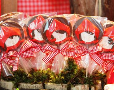 Party Frosting: Little Red Riding Hood Party Ideas/Inspiration