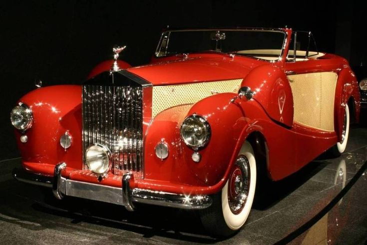 1954 Rolls-Royce Silver Wraith Cabriolet...I wouln't mind one of these in my drive way!