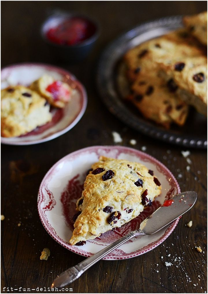 Cranberry & Almond Scones | Satifying the Hungry Beast in My Stomach ...