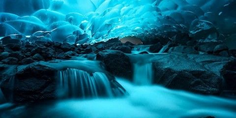 Cuevas de hielo Mendenhall, Alaska (EE.UU)