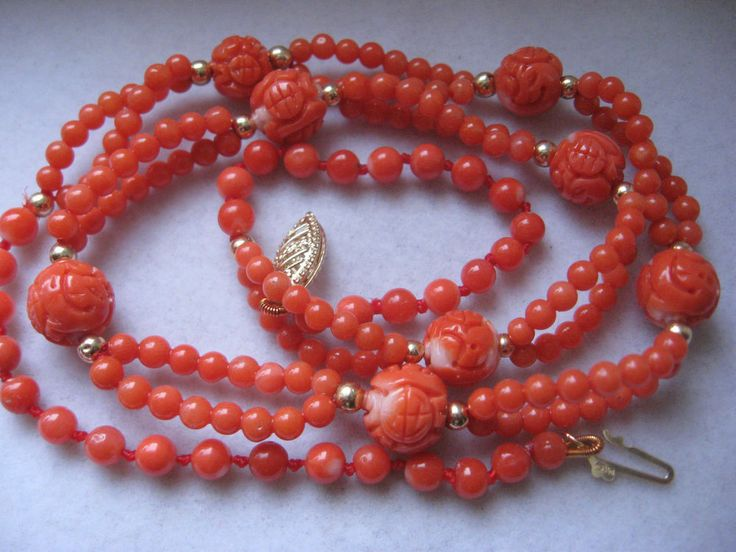 VINTAGE CARVED CORAL NECKLACE IN CHINESE STYLE 14K GOLD