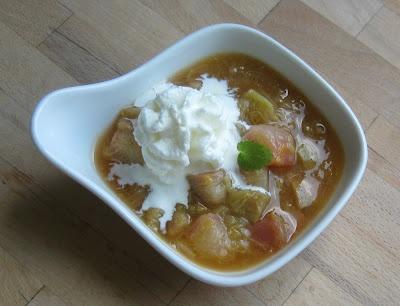 Schnelles Rhabarberkompott mit Orange - rhubarb compote with orange: Barbara Spielwi