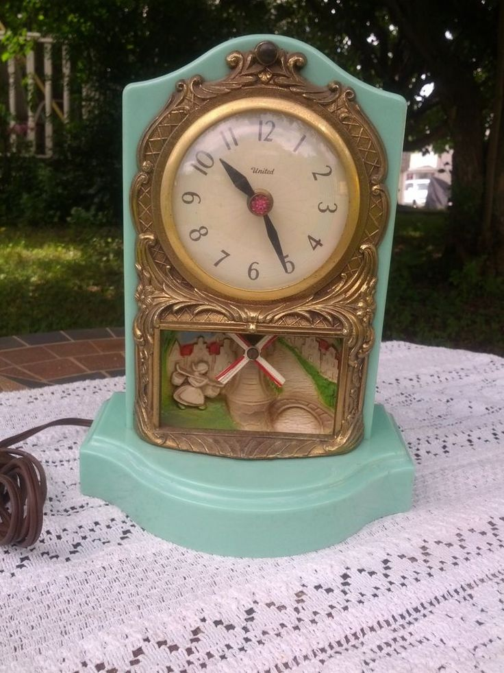 UNITED MANTEL CLOCK WITH MOVING DUTCH WIND MILL TEAL COLOR WORKING 1950's c. #MANTEL #UNITED