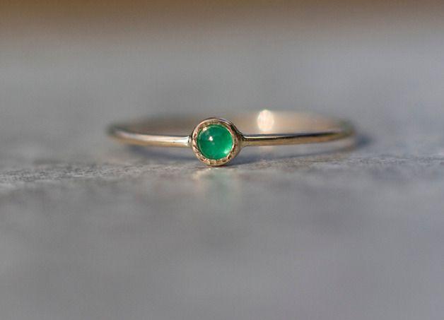 Szmaragd delikatny pierścionek złoty z szmaragdem - arpelc - Biżuteria złota