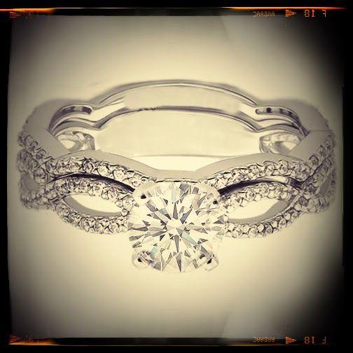 Vintage #Infinity Swirl Diamond #Engagement #Ring and Matching Wedding Band
