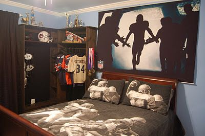 Really unique way to incorporate football into the bedroom - love everything about this! what little football playing kid  wouldn't love this #AFPinspiredHome __ Brinten's room