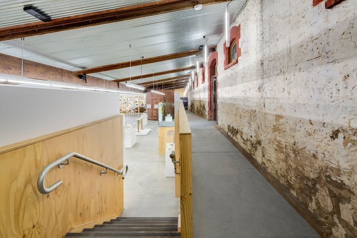 JamFactory Gallery at Seppeltsfield Winery by Grieve Gillett Andersen Architects, Adelaide South Australia Photo: Peter Barnes