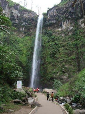 tempat wisata di malang Air Terjun Coban Rondo Malang