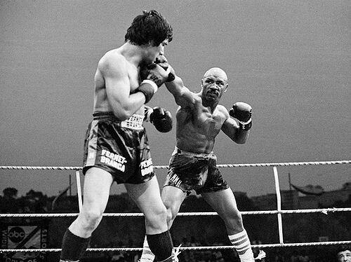 Norberto Cabrera  vs  Marvin Hagler.