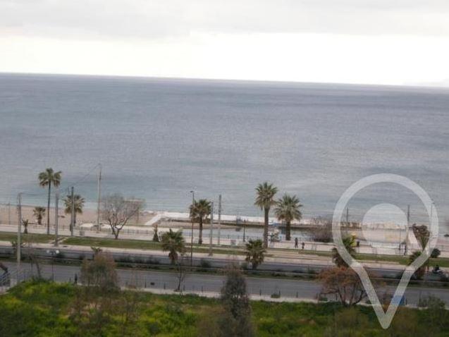 ΔΙΑΜΕΡΙΣΜΑ ΜΕ ΘΕΑ ΣΤΟ ΠΑΛΑΙΟ ΦΑΛΗΡΟ  Παλαιό Φάληρο, διαμέρισμα 121 τ.μ, 6ου ορόφου, 2 υπνοδωμάτια, μπάνιο, w.c, γραφείο, σαλόνι με τζάκι, μεγάλα μπαλκόνια, κοντά στη θάλασσα, με πολυ ωραία θέα.