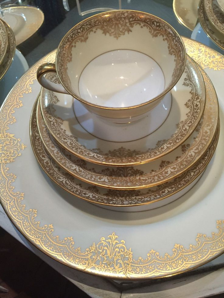 25 Piece Noritake Dinnerware Set/4 Place Settings/Circa 1930/Gold Flower Trim Garland Pattern/Cream and White/Dinner Party/Christmas Gift by StyleJunkieAntiques on Etsy https://www.etsy.com/listing/475825777/25-piece-noritake-dinnerware-set4-place