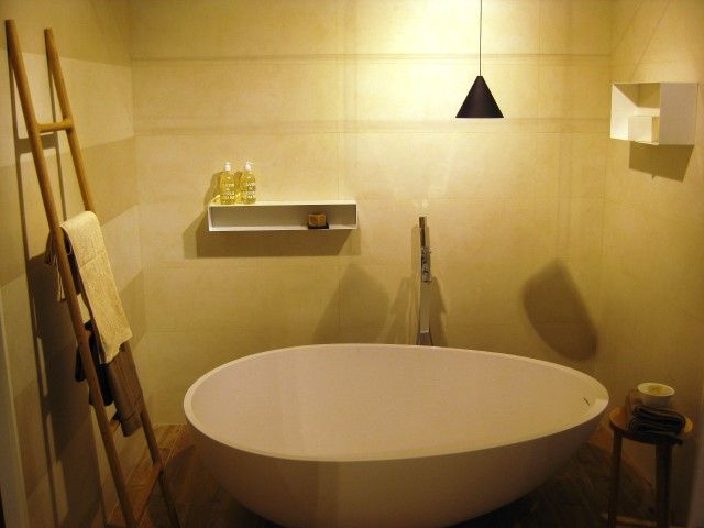 An absolutely beautiful and successful #bathtub, loved and desired for the purity of its #design: Vov by #MastellaDesign, chosen for the new @Marazzitile #showroom, based in #Milan.  #MastellaDesign #designbasin #wahbasin #freestanding #cristalplant