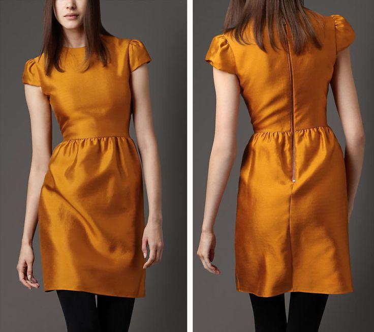 Benefits of Buying Designer Women Clothes Online